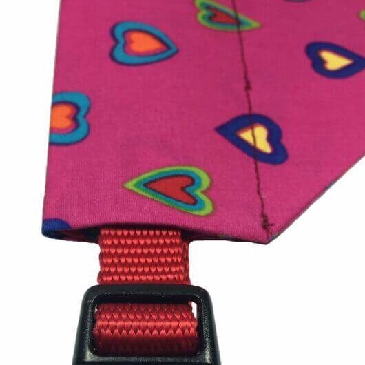 herziges hundehalstuch mit tunnel candy colors herzen pink bunt 606a4ed5